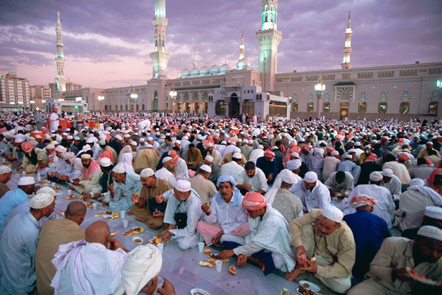 Must see Saudi Arabia Eid Al-Fitr Food - Ramadan-2013-in-Saudi-Arabia  Picture_853047 .jpg
